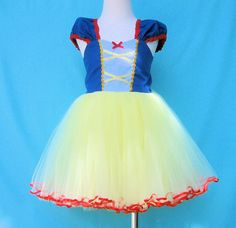 SNOW WHITE costume dress girls princess  by loverdoversclothing,
