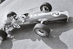 Jim Clark (Lotus 49-Ford Cosworth) Grand Prix de Belgique - Spa-Francorchamps 1967 - UK Racing History.