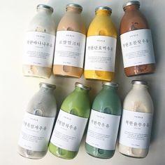Aesthetic Coffee, Aesthetic Food, Bottle Packaging, Food Packaging, Think Food, Cafe Food, Milk Tea, Coffee Milk, Bubble Tea