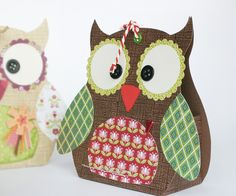 Owl gift box - super fun and easy DIY - print out free pdf - www. Owl Crafts, 3d Paper Crafts, Arts And Crafts, Diy With Kids, Owl Box, Owl Card, Craft Box, Craft Gifts, Cardmaking