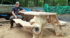 Will Lee, Chainsaw carved picnic table Rustic Wooden Bench, Rustic Log Furniture, Natural Wood Furniture, Tree Furniture, Rustic Cabin Decor, Rustic Table, Rustic Cabins, Western Furniture, Outdoor Garden Furniture