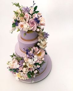 We're feeling a little extra Springy today! Purple Cakes, Purple Wedding Cakes, Elegant Wedding Cakes, Beautiful Wedding Cakes, Gorgeous Cakes, Pretty Cakes, Amazing Cakes, Wedding Unique, Bolo Floral
