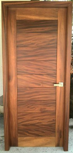 (Sin título) Schwebetürenschrank, 216 cm de alto x 300 cm de ancho x 68 cm de ancho DustinWayfair. Wooden Door Design, Main Door Design, Front Door Design, Wooden Doors, Front Door Entrance, Exterior Front Doors, Flush Doors, Modern Front Door, Door Design Interior