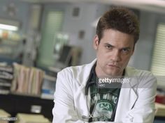 season-12-pictured-shane-west-as-doctor-ray-barnett-photo-by-mitchell-picture-id141426024 (594×446)