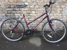 Station Bicycle Walthamstow provide New and Second hand bicycles with all accessories & service facility on discounted prices. Second Hand Mountain Bikes, Second Hand Bicycles, Vintage Ladies Bike, Raleigh Bikes, Old Bicycle, Bikes For Sale, East London, Two Hands, Road Bike