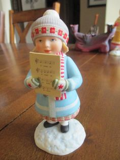 1992-MARY-ENGELBREIT-Hallmark-THE-WONDERS-of-CHRISTMAS-ANNE-Figurine