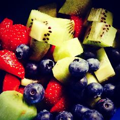 Healthy morning and loving the fruits in season in NZ Clean Eating Recipes, Cooking Recipes, Healthy Food, Healthy Recipes, Ethnic Food, Fruit In Season, Frugal Meals, Health Matters, One And Other