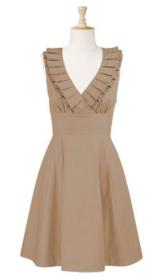 Another winning dress!  So preppy and cute! Can I get it in royal blue!? Or Pale yellow!? BEAUTIFUL!