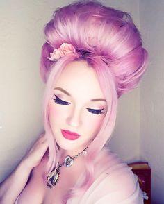 Disneyland's pink haired Princess  Disney lifestyler  Let's collab Disney…