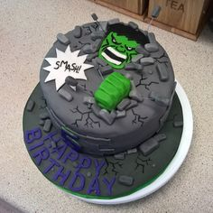 Hulk SMASH cake for my little cousin's birthday