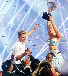 Kellie and Derek WIN Dancing with the Stars ! As it should be.