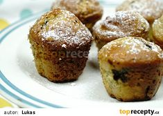 """This is """"Nejlepší nadýchané muffiny"""" by Toprecepty on Vimeo, the home for high quality videos and the people who love them. Cupcake Cookies, Kids And Parenting, Breakfast, Food, Fairy Cakes, Morning Coffee, Essen, Meals, Yemek"""