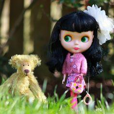 .@Angie Alesch | Luna out with a friend :) #blythe #blythedoll #teddybear #cute #garden #spring | Webstagram - the best Instagram viewer