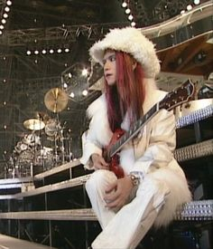 See Hide pictures, photo shoots, and listen online to the latest music. Hidden Love, Tokyo Dome, Hidden Beauty, Best Rock, Visual Kei, Vintage Photography, Music Artists, Japanese, Image