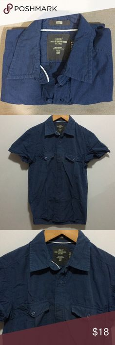 H&M Men's XS Blue Fitted Short Sleeve Button Down H&M men's size extra small fitted blue short sleeve button down shirt. In great condition. Worn a couple of times. Kept in a clean and smoke free environment. H&M Shirts Casual Button Down Shirts