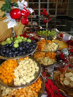 New Fruit Tray Ideas For Wedding Receptions Cheese Display Ideas - Fruit - Everything with Fruit - Veggie Display, Cheese Display, Veggie Tray, Food Platters, Cheese Platters, Cheese And Cracker Tray, Wedding Appetizers, Wedding Appetizer Table, Appetizer Table Display