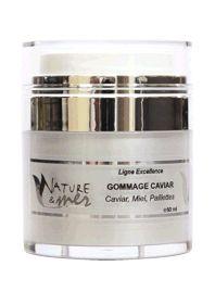 Le Gommage Caviar retire vos cellules mortes afin de mieux oxygéner votre peau…
