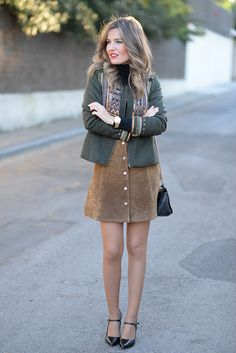 ante_12 Brown Leather Skirt, Casual Street Style, Womens Fashion, Fashion Trends, Girly, Legs, Couture, Female, Clothes For Women