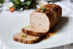 rulada din carne tocata cu urda si parmezan Parmezan, Baked Potato, Potatoes, Drink, Baking, Ethnic Recipes, Pork, Beverage, Patisserie