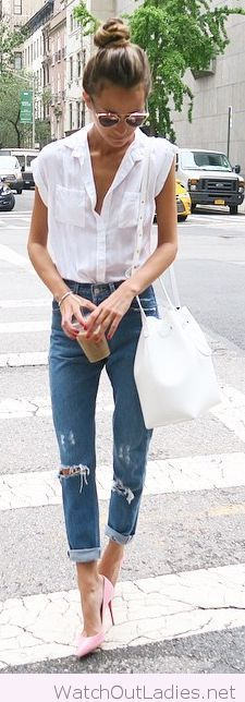 White shirt and bag, jeans, light pink pumps