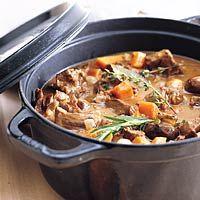 Boeuf bourguignon klassiek - decconstruction All U Can Eat, Bourguignon Recipe, Vegetarian Recepies, Belgian Food, Beef Recipes, Healthy Recipes, Healthy Slow Cooker, Tasty Dishes, Food To Make