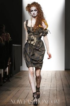 Vivienne Westwood Red Label Ready To Wear Spring Summer 2014 London - NOWFASHION
