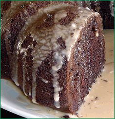 Kaluha coffee cake, very culinary. I'd choose Tea for this delish treat. Sweet Desserts, Just Desserts, Delicious Desserts, Yummy Food, Kahlua Recipes, Cake Recipes, Dessert Recipes, Chocolate Desserts, Chocolate Cake