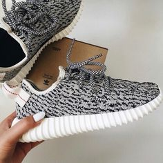 grey yeezys black and white yeezys only worn 2 times Yeezy Shoes Sneakers
