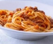 Paleomix: Spaghetti Bolognaise with Wholemeal Pasta - Thermomix Recipe- EDC (pg Weight Watchers Pro-Points: 9 per serve (as a serve Ragu Recipe, Gluten Free Pasta, Gluten Free Recipes, Healthy Recipes, Healthy Foods, Healthy Heart, Savoury Recipes, Healthy Dishes, Spaghetti Bolognese