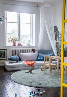 my scandinavian home: How to introduce subtle colours into your home