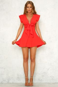 Another beautiful day on the pacific west coast? How about a colourful and fun dress to complete your day! Source by dress red Women's Dresses, Little Dresses, Tight Dresses, Cute Dresses, Dress Outfits, Short Dresses, Fashion Dresses, Cute Outfits, Red Fashion