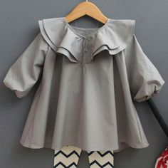 I recently discovered jujubunnyshop, and was instantly smitten with their style. I expected the items to be very expensive, but pleasantly surprised to see how reasonable their prices were. They ar… Baby Outfits, Baby Girl Dresses, Baby Dress, Kids Outfits, Fashion Kids, Little Girl Fashion, Dress Anak, Vestidos Vintage, Toddler Dress