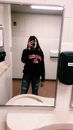 Lazy Day Outfits, Cute Outfits For School, Cute Comfy Outfits, Basic Outfits, Sporty Outfits, Teen Fashion Outfits, Mode Outfits, Everyday Outfits, Outfits For Teens