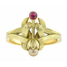 Art Nouveau Ruby & Pearl Ring