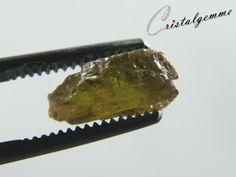 Cristal brut d'andalousite de 4.95 carats
