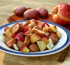One-Dish Roasted Potatoes and Apples with Chicken Sausage - U.S. Apple Association