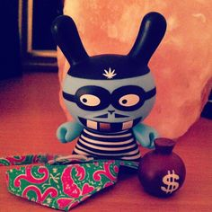 My #mishka #dunny came in the mail ...#stee !! #kidrobot #gregmishka #robber