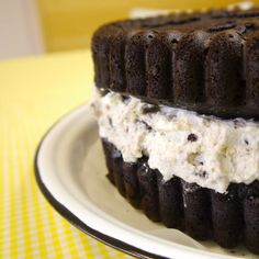 How To Make A Giant Oreo Cookie Cake