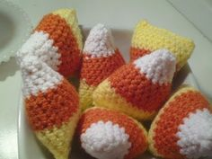 ▶ How to make a Crochet Candy Corn craft for halloween - YouTube