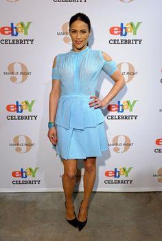 Paula Patton accuses Robin Thicke of domestic abuse