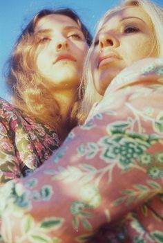 """Anna and Anya (Hungary)"" ""Anna and Kathleen (Rainbow)"" The meteoric rise of Toronto-born Petra Collins skyrocketed her from suburban teenager to international fashion photographer, artist, and feminist provocateur. Petra Collins, Urban Fashion Photography, Retro Photography, Portrait Photography, Family Photography, Photography Ideas, Teenage Photography, Vice Magazine, Nova"
