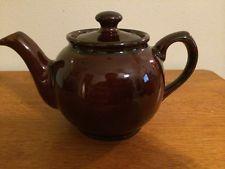 Vintage Brown Sadler teapot made in England