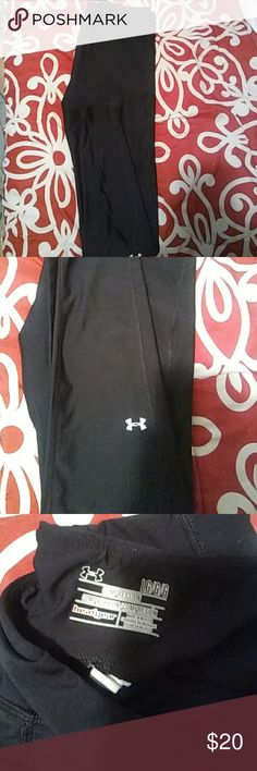 Under Armour compression leggings Black Under Armour compression leggings. Gently used. Too big for me. Under Armour Pants Leggings