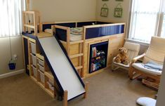 IKEA Hack - Kura Bed with slide and secret room Ikea Bed Hack, Ikea Hack Kids, Ikea Hacks, Hacks Diy, Kura Cama Ikea, Trofast Ikea, Ikea Kids Bed, Bed With Slide, Bed Slide