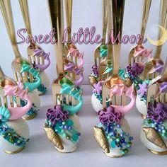 Under The Sea Cake Pops! #mermaidcakepops #undertheseatheme #undertheseaparty #mermaidtheme #mermaidtails #undertheseacakepops #cakepops #cakepop #dinglehopper #oreos #undertheseacakepops #dinglehoppers #goldcakepops #ohysf #dinglehoppercakepops