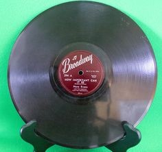 """Broadway Records 10"""" Shellac 78 Record, Nora Evans/Julian Sisters, Play-Rated! - $3.95"""