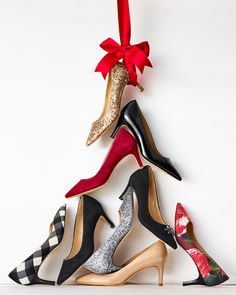 The perfect pump from buffalo check to festive floral, subtle suede or a glimpse of glitter. Design Set, Christmas Shoes, Christmas Colors, Christmas Girls, Holiday Shoes, Black Christmas, Christmas Things, Merry Christmas, Xmas