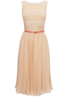 sweet lace pleated dress - http://zzkko.com/n126382-uthentic!-British-purchasing-OASIS-super-sweet-lace-pleated-dress.html $27.53