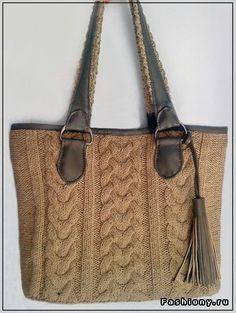 DIY knitted bag this can be a nice recyclingproject . to make it from an old pullover Knitting Accessories, Bag Accessories, Craft Bags, Crochet Purses, Knitted Bags, Fashion Handbags, Tweed, Purses And Bags, Hand Knitting