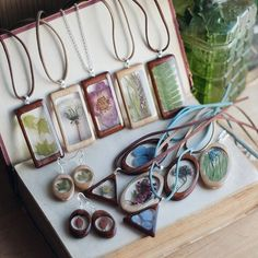 Sincere Workshop Jewelry wooden flower epoxy resin collection